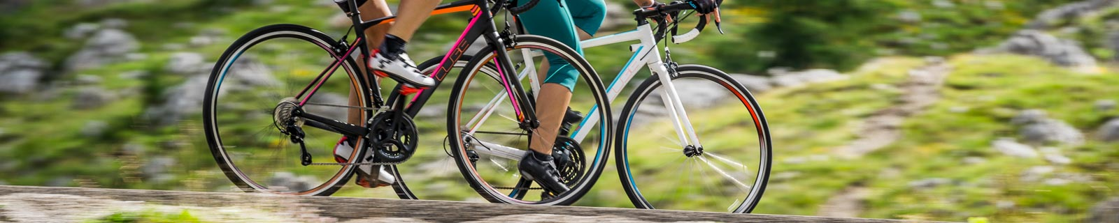 Women's road bikes made of carbon and aluminium